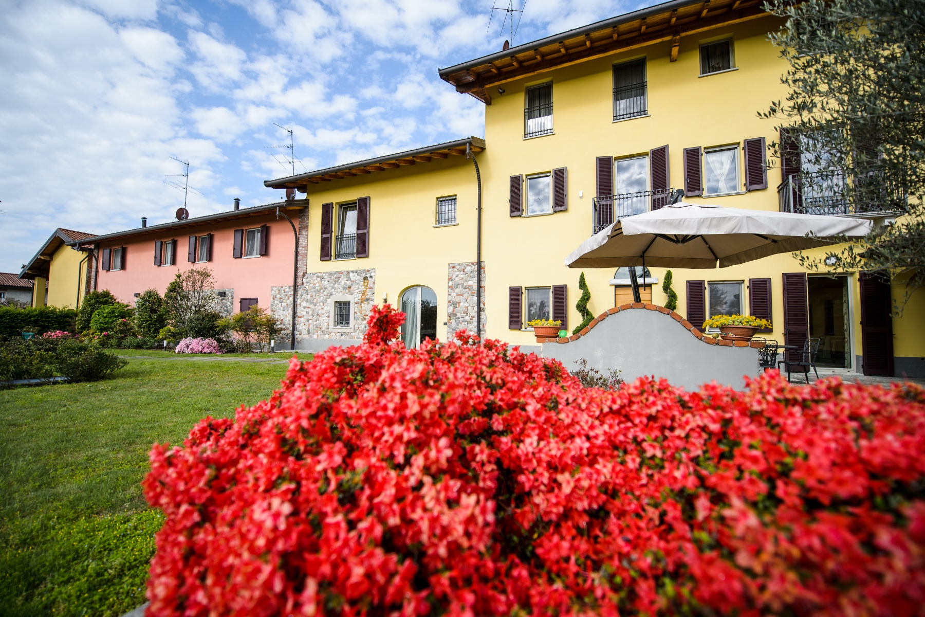 Single Family Homes for Sale at Farmhouse in the countryside a few steps from the Golf courses Agrate Conturbia, Novara Italy