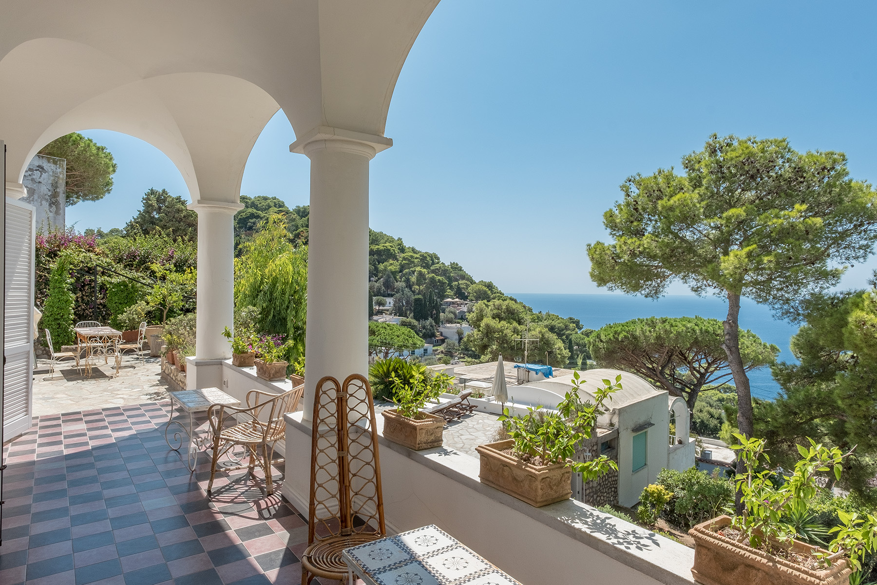 Other Residential Homes للـ Sale في Stunning Villa in the heart of Capri Capri, Naples Italy