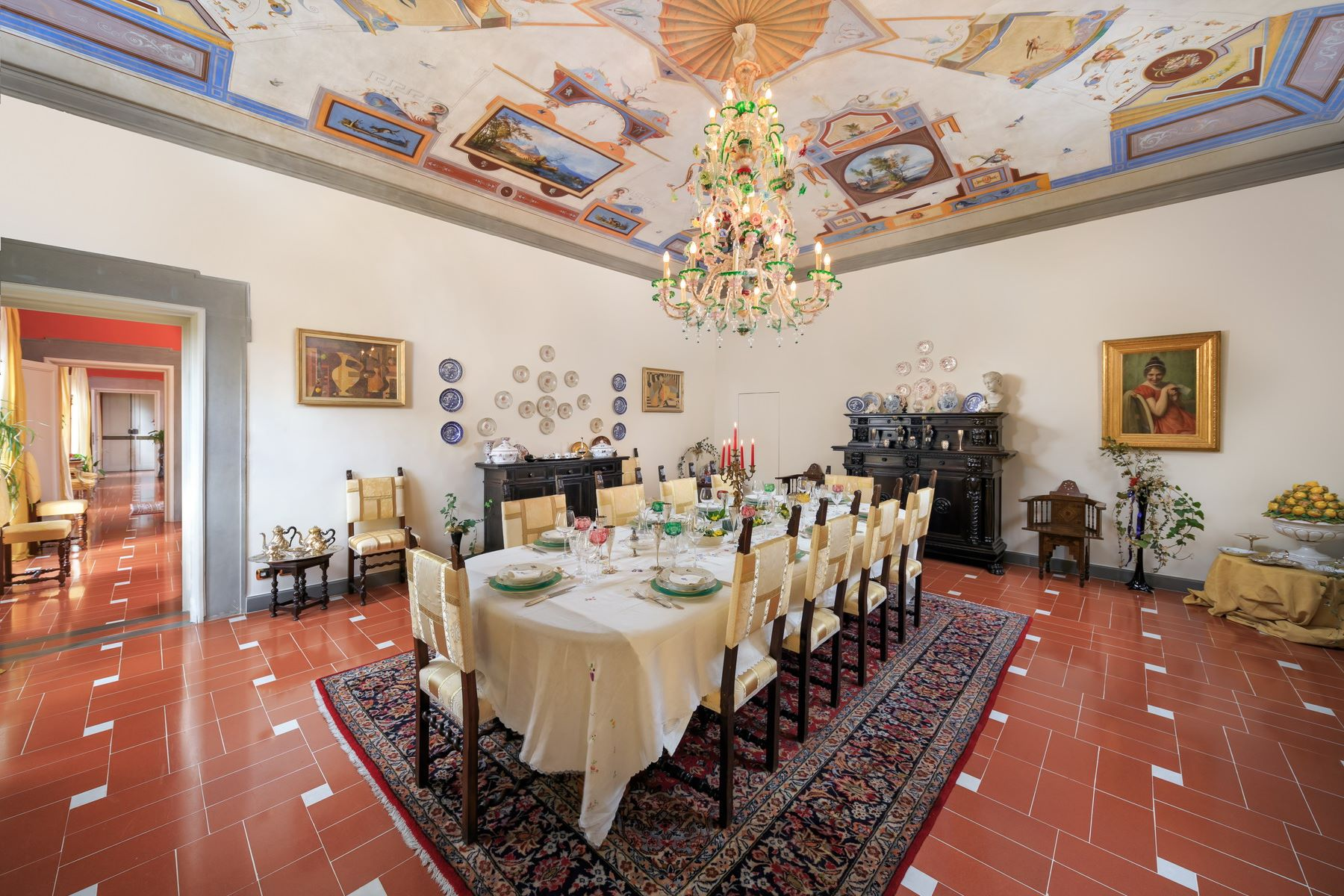 Property for Sale at Prestigious apartment in the heart of the Oltrarno Firenze, Florence Italy