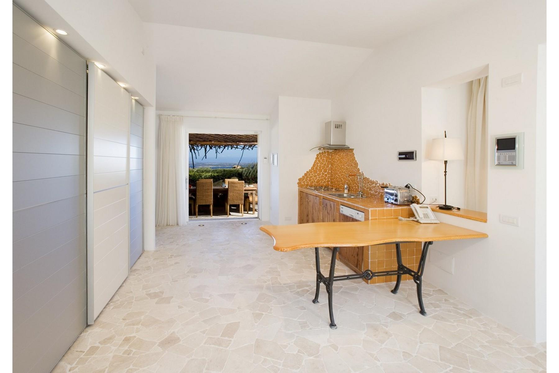 Additional photo for property listing at Liscia di Vacca Superb detached villa in Liscia di Vacca Other Sassari, Sassari Italy