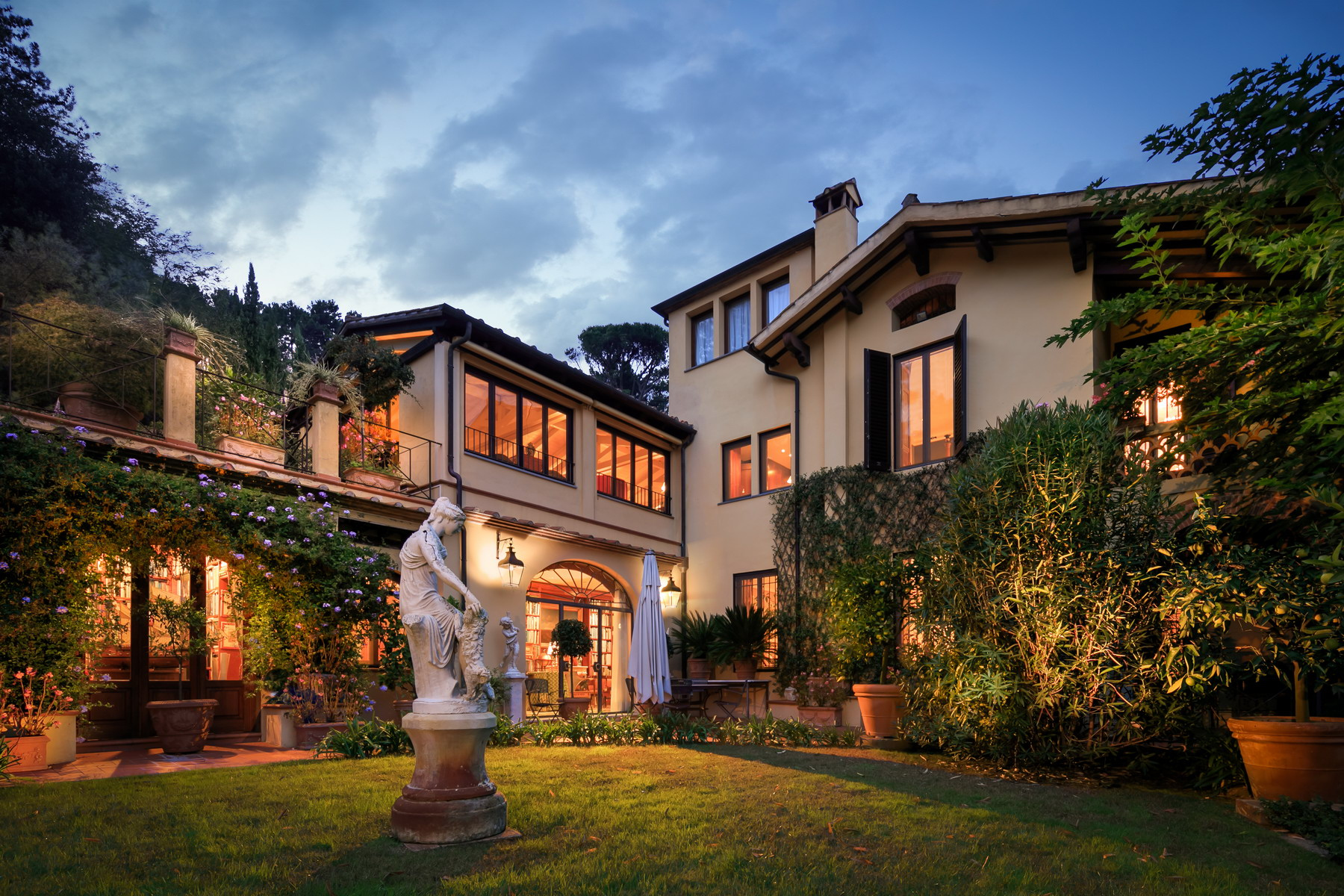 Other Residential Homes for Sale at Luxury villa for sale on the Lucca hills Lucca, Lucca Italy