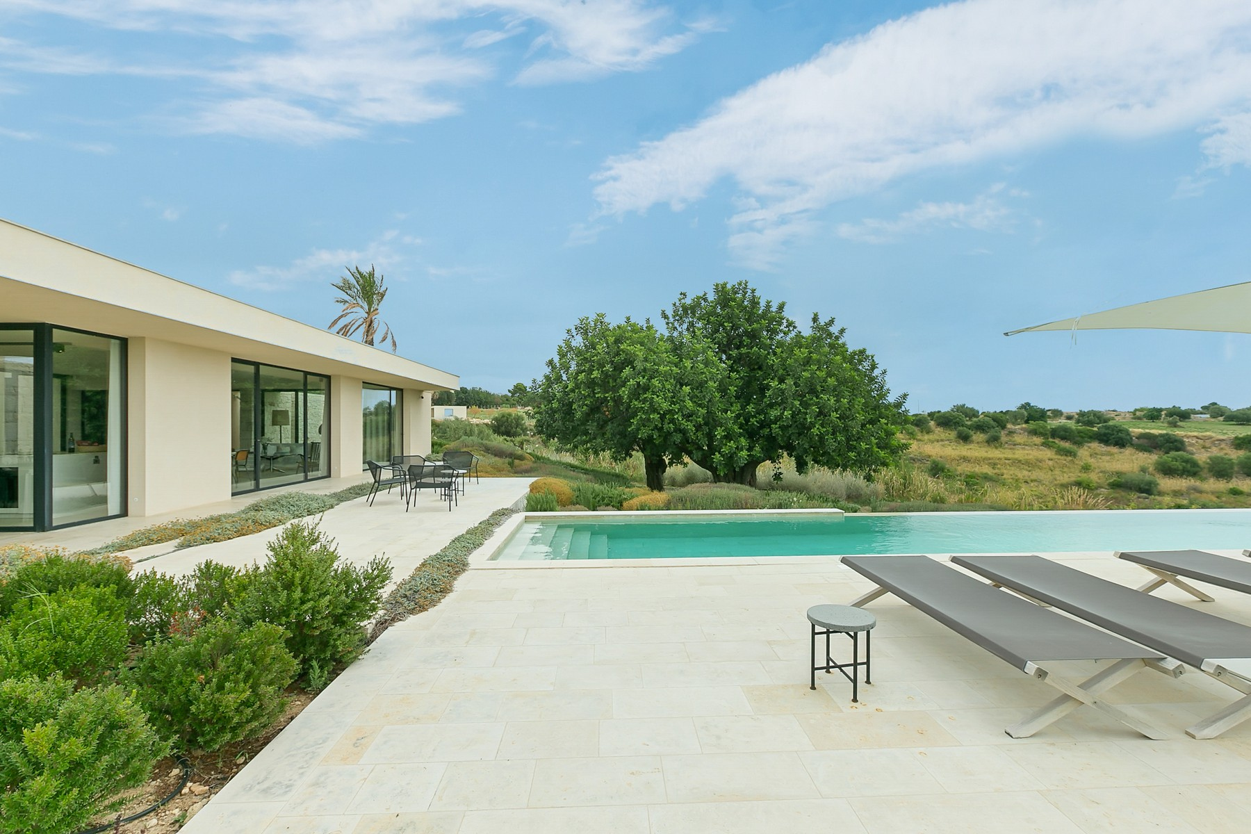 Other Residential Homes for Sale at Modern Villa with swimming pool and dependance Avola, Syracuse Italy