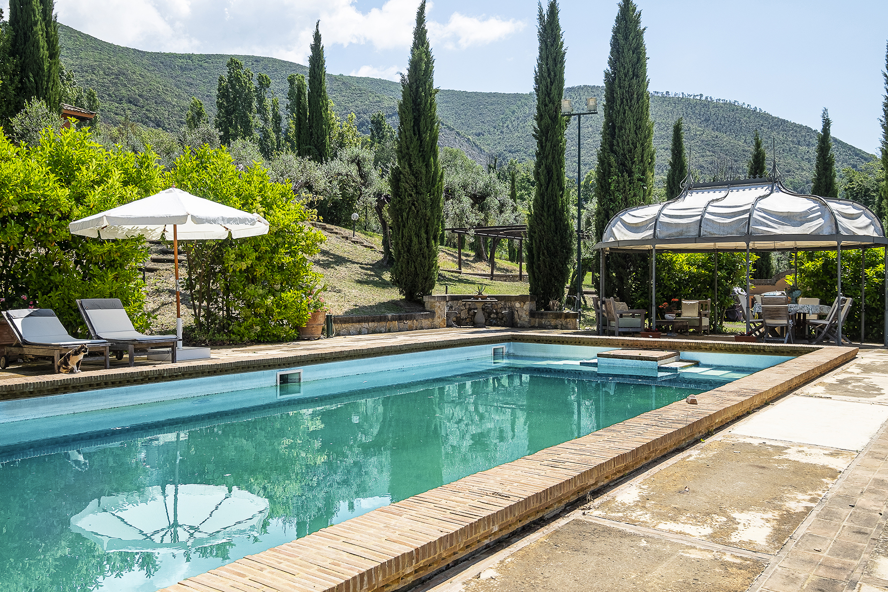 Other Residential Homes for Sale at Majestic country manor with pool and private park Poggio Catino, Rieti Italy