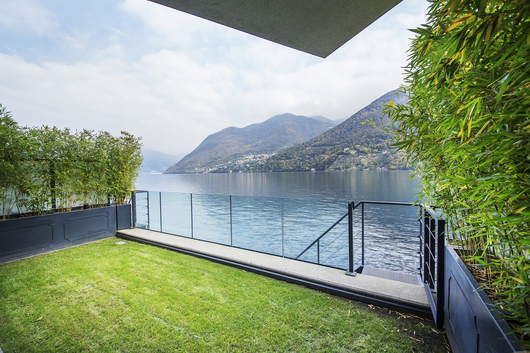 Property for Sale at Wonderful apartment in new building on Lake Como Laglio, Como Italy