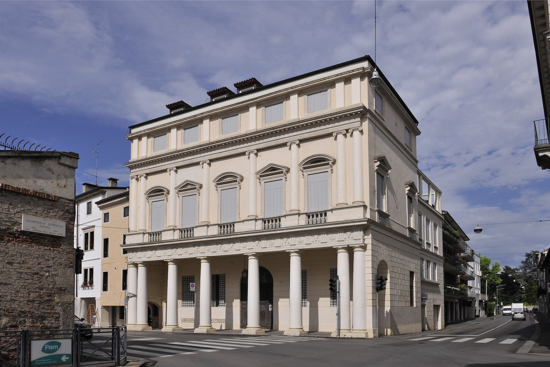 Other Residential for Sale at Palazzo Bonin Schiavetto Vicenza, Vicenza, Italy