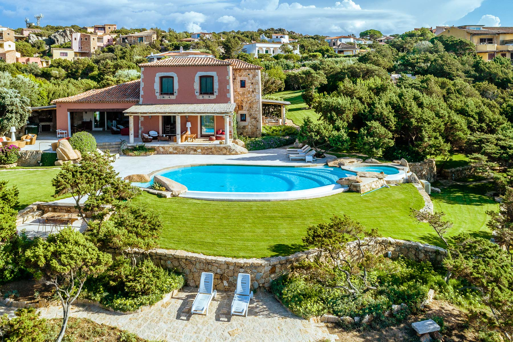 Other Residential Homes per Vendita alle ore Baja Sardinia - Delightful waterfront villa Other Sassari, Sassari Italia