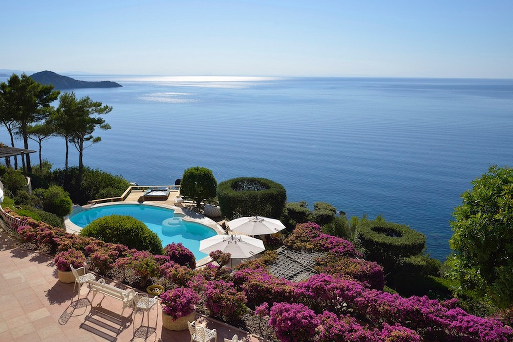 Other Residential Homes 为 销售 在 Incredible villa overlooking the sea in Porto Ercole Monte Argentario, 格罗塞托 意大利