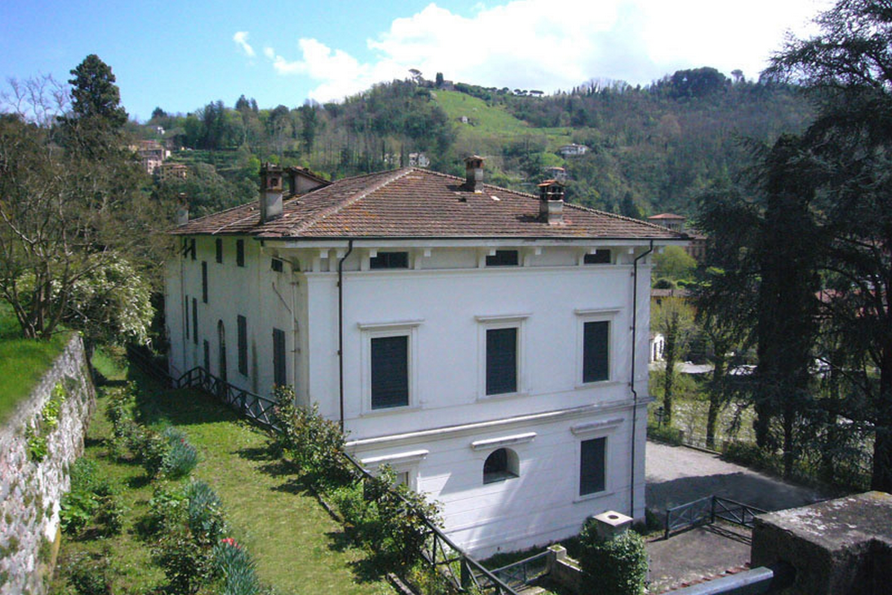 Other Residential Homes for Sale at Beautiful villa to be restored Bagni Di Lucca, Lucca Italy