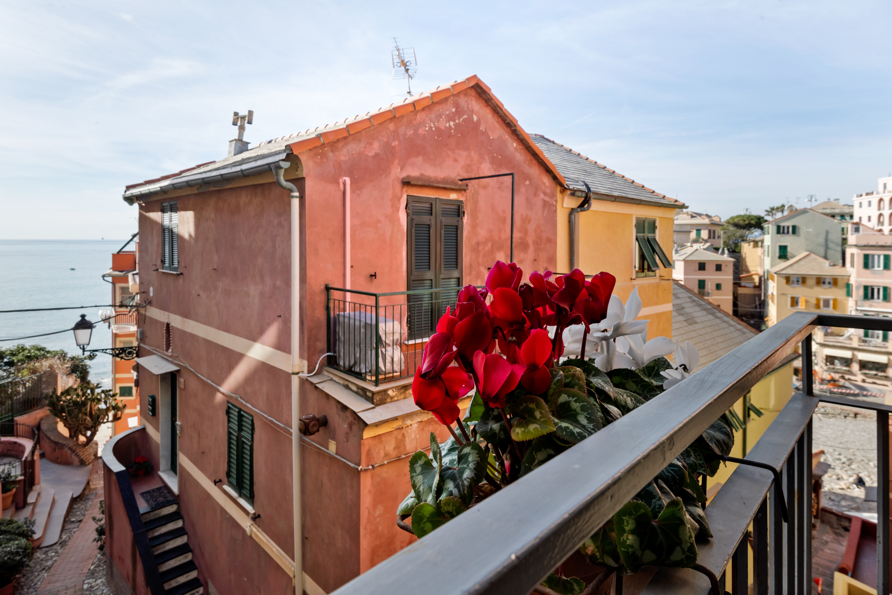 Single Family Homes for Sale at Inviting property by the sea in Boccadasse Genova, Genoa Italy