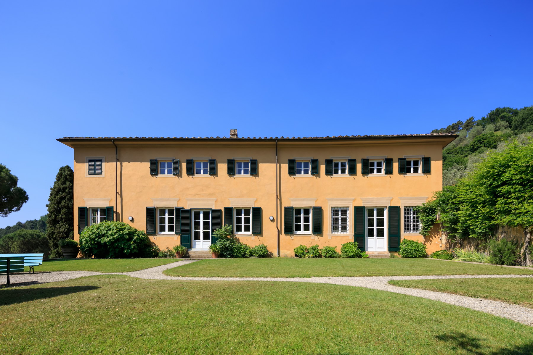 Other Residential Homes for Sale at Majestic mansion with swimming pool built upon a medieval castle Lucca, Lucca Italy