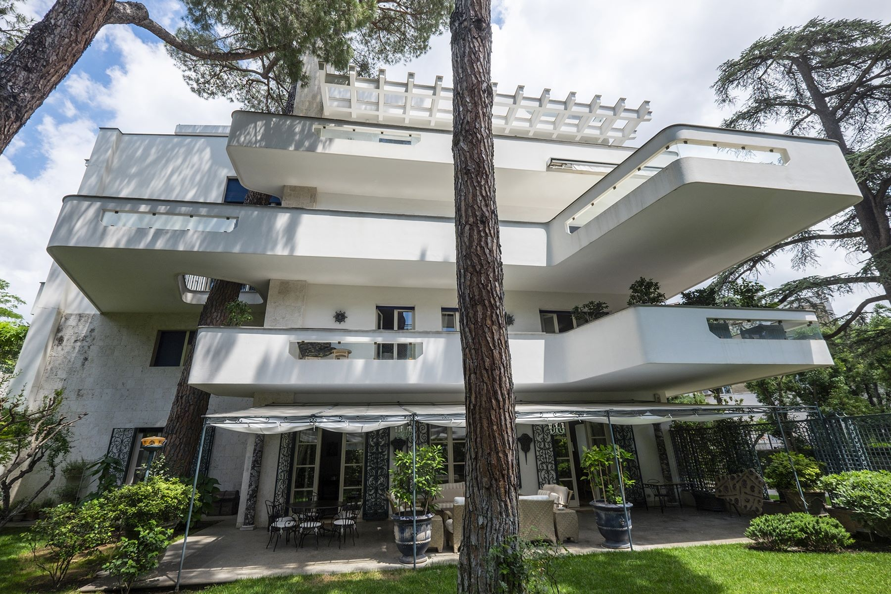 Other Residential for Sale at Prestigious five floor building in exclusive road Rome, Rome Italy