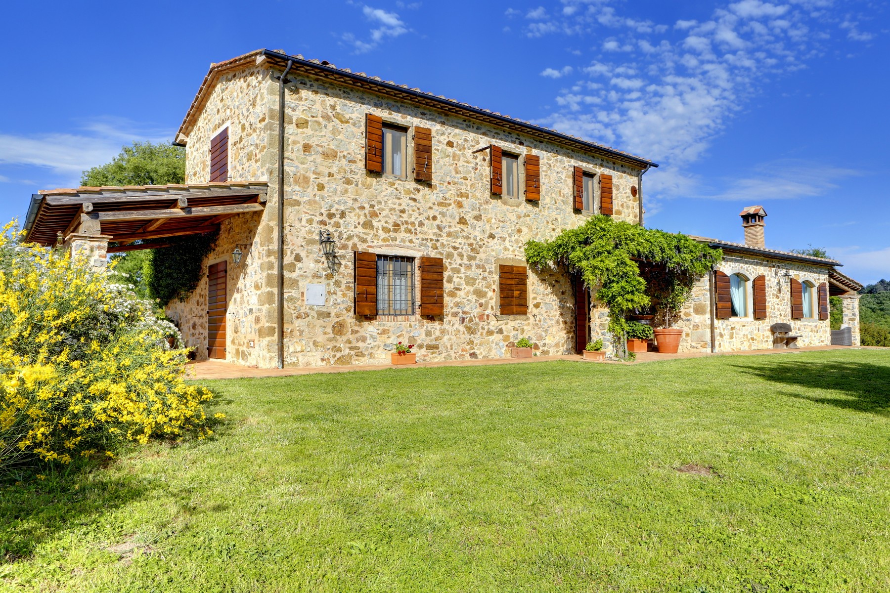 Other Residential Homes for Sale at Typical Tuscan farmhouse with olive grove Manciano, Grosseto Italy