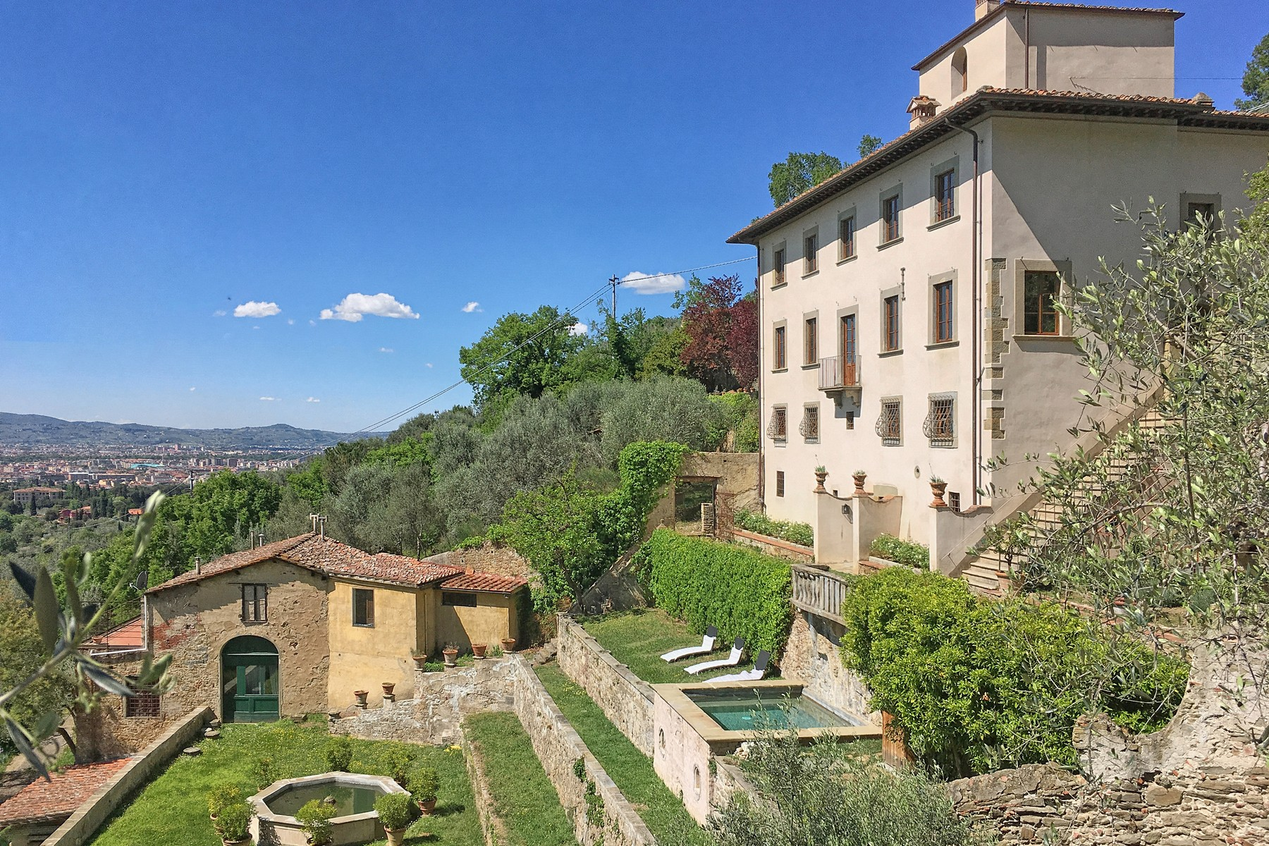 Other Residential Homes para Venda às Marvellous villa with pool on the hills of Florence Firenze, Florence Itália
