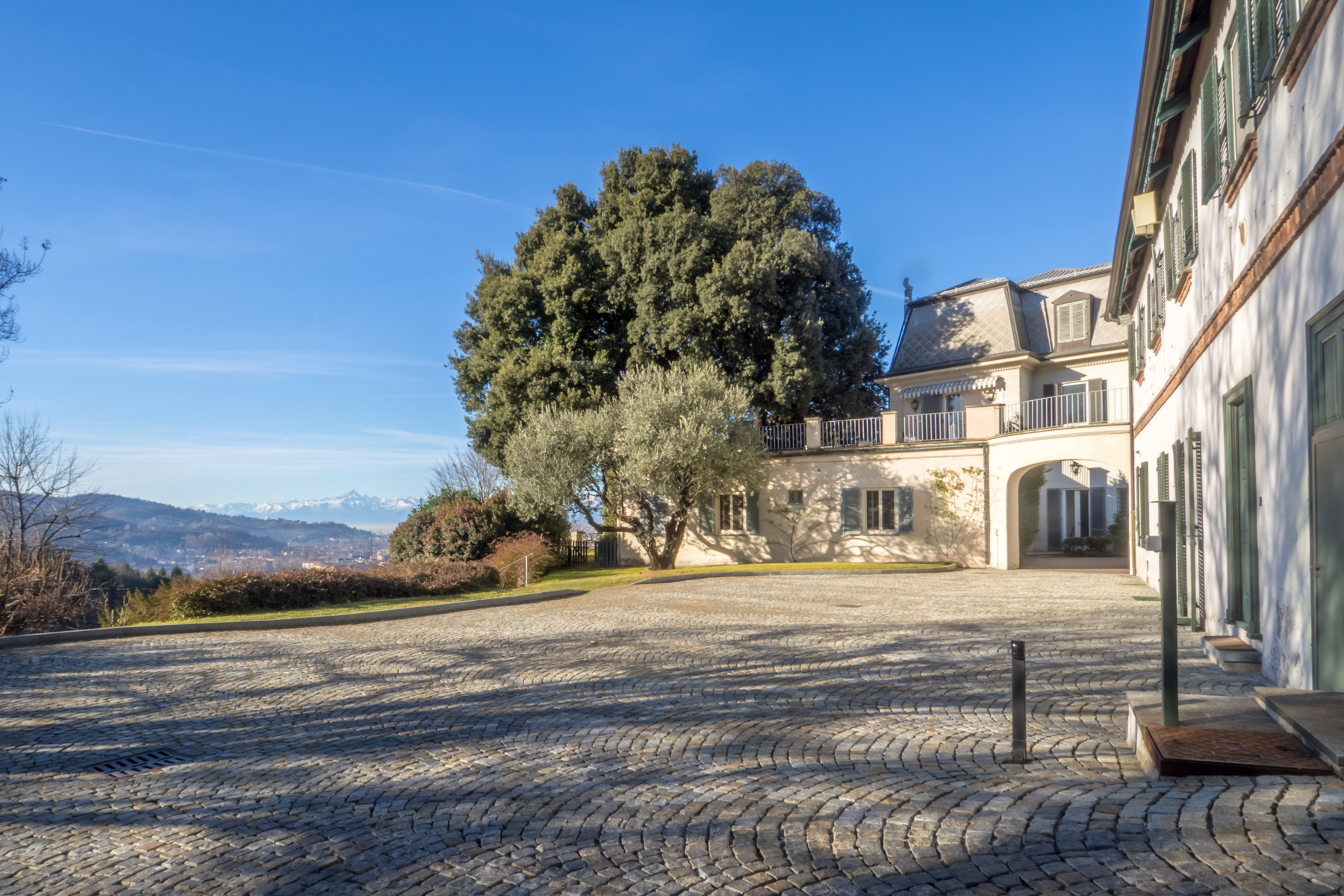Other Residential Homes for Sale at Elegant property in the hill of Superga Torino, Turin Italy