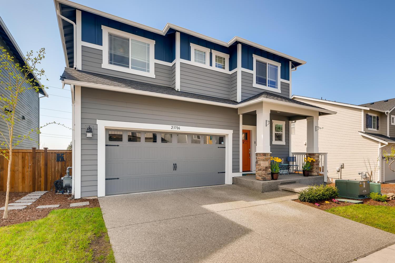 Single Family Homes for Sale at 23706 43rd Dr SE, Bothell, WA 98021 Bothell, Washington 98021 United States