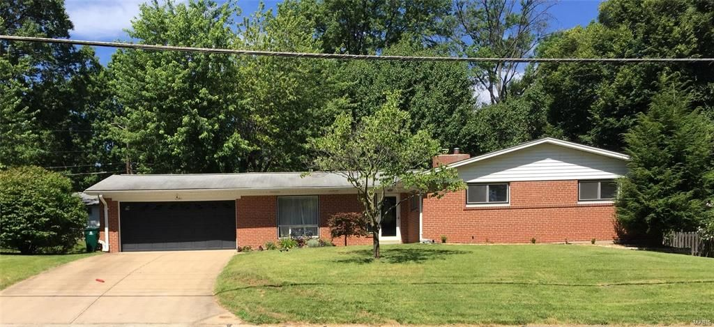 Property for Rent at 1441 North Woodlawn Avenue, Warson Woods, MO 63122 1441 North Woodlawn Avenue Warson Woods, Missouri 63122 United States
