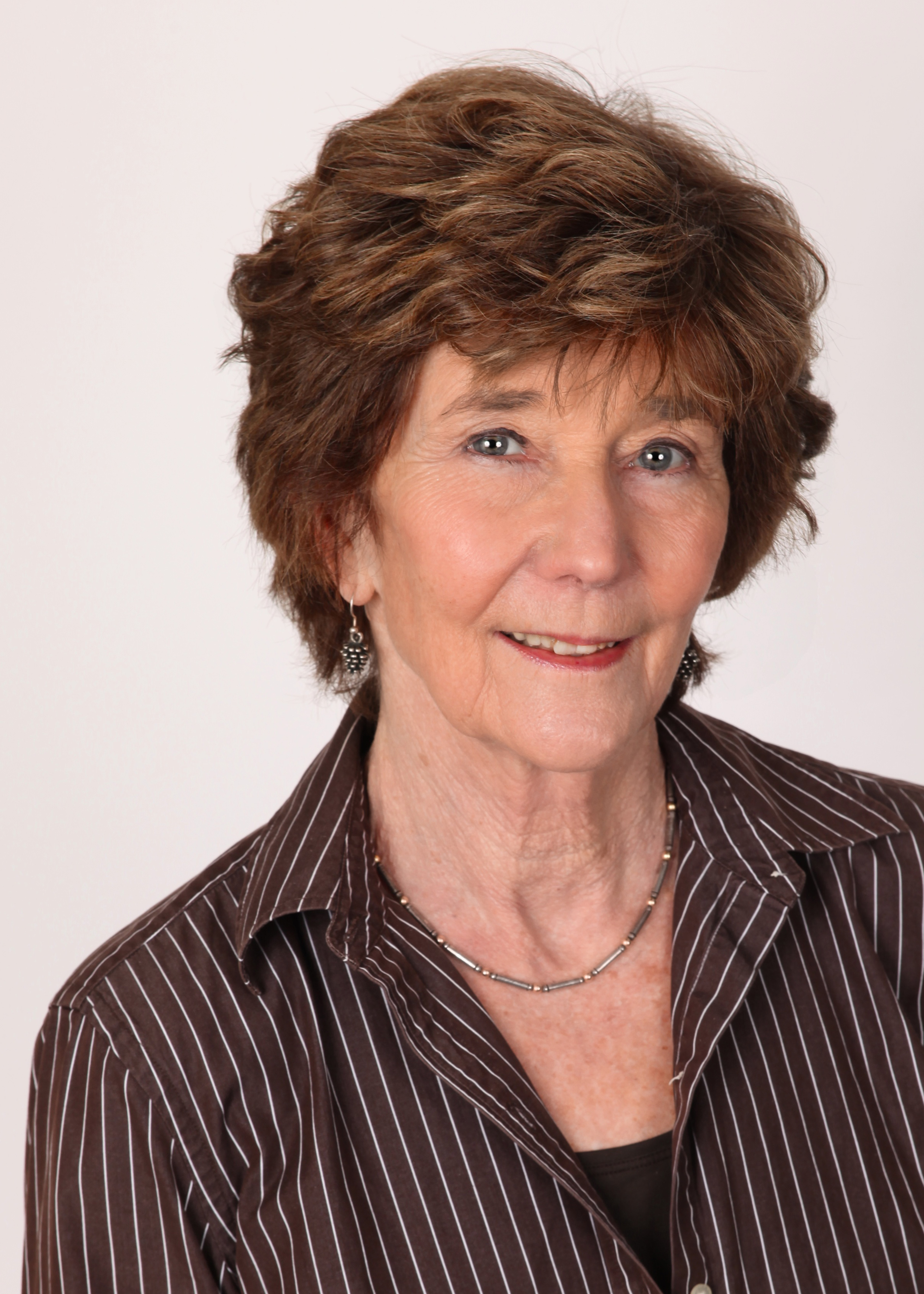 Sheila H Graham