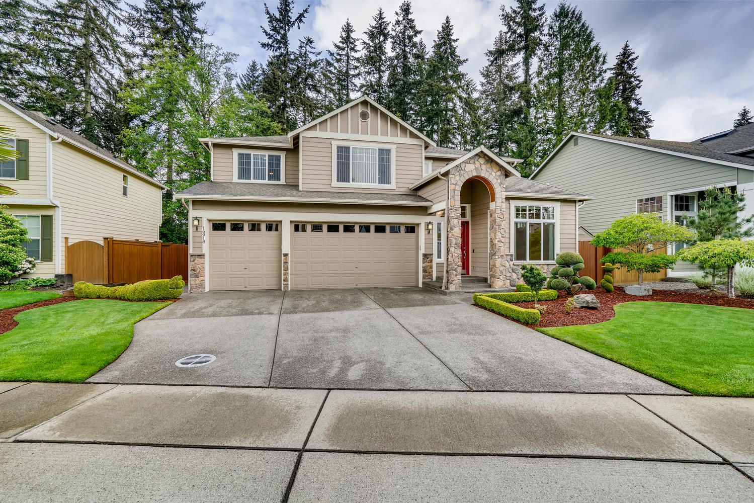 Single Family Homes for Sale at 16918 31st Drive Southeast, Bothell, WA 98012 Bothell, Washington 98012 United States