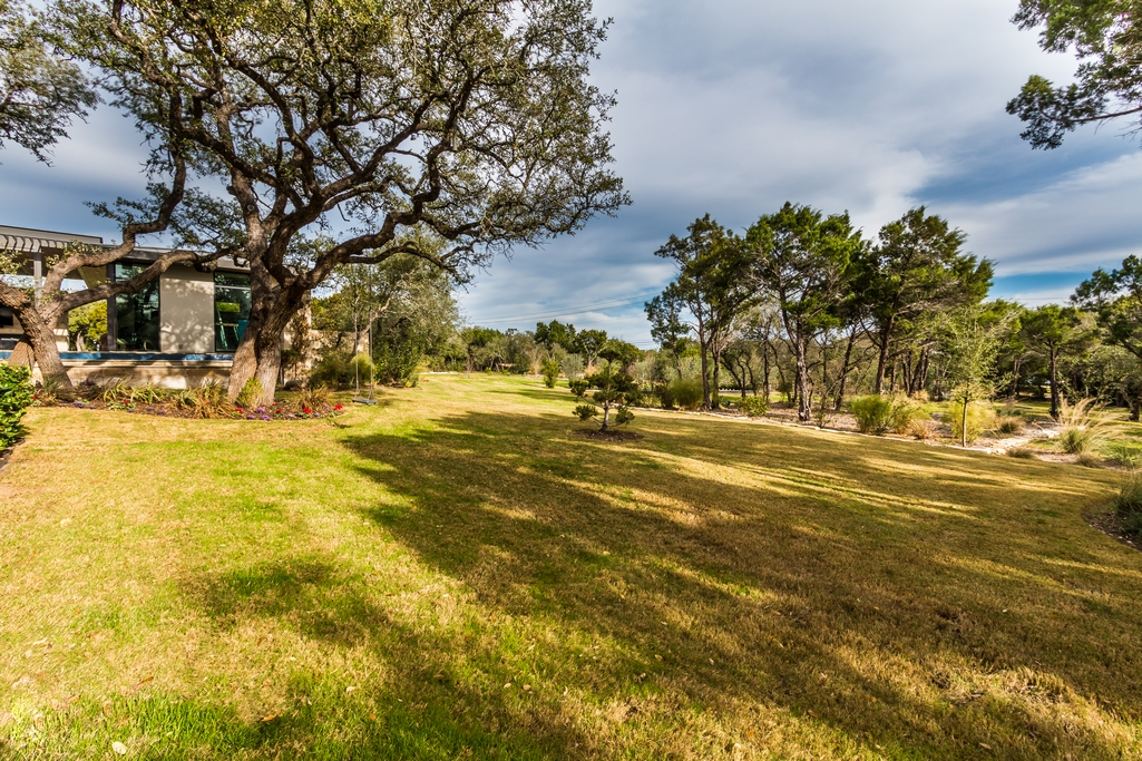 Additional photo for property listing at Dick Clark Contemporary on 2 Acres 4017 Verano Dr Austin, Texas 78735 Estados Unidos