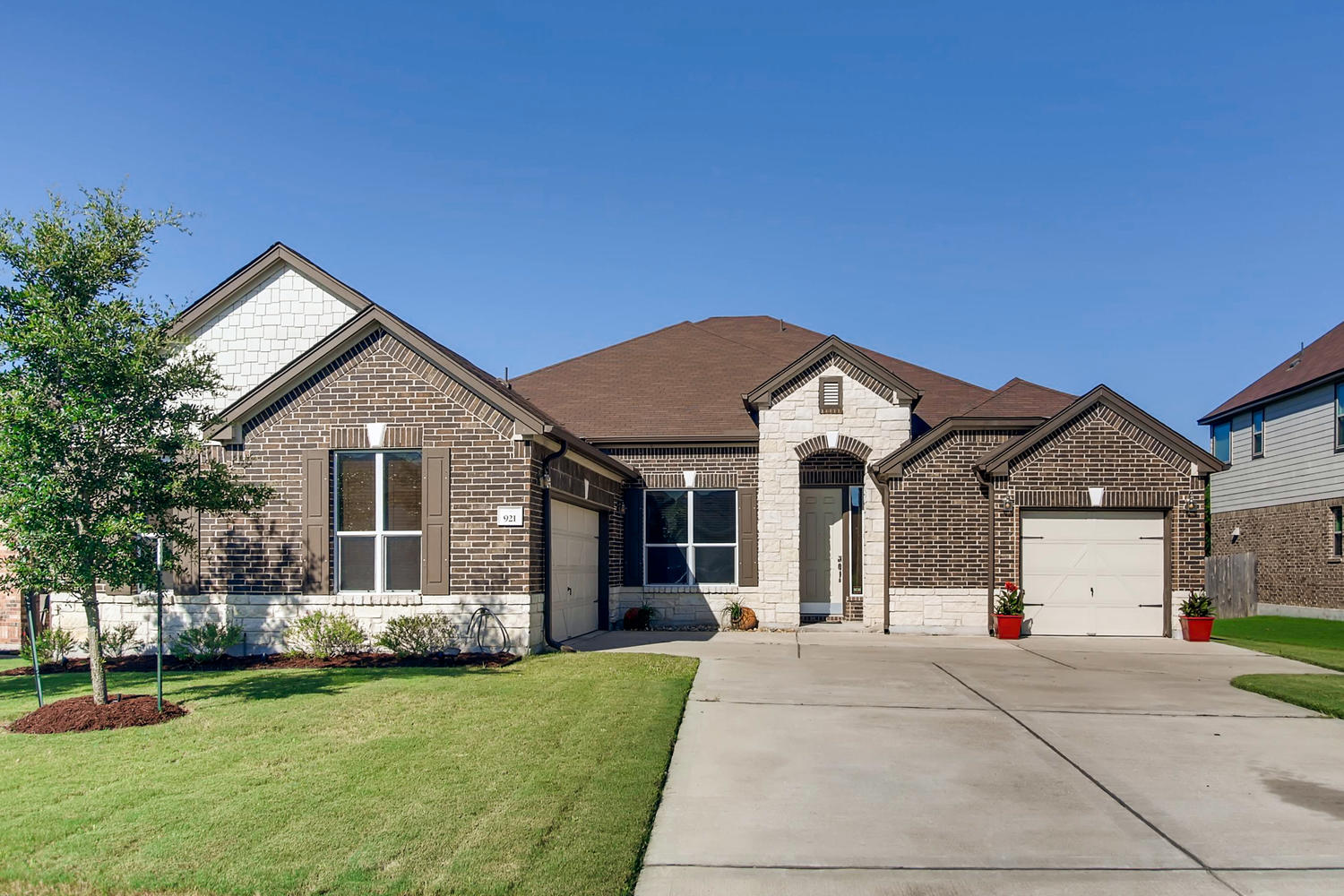 Single Family Homes for Sale at Gorgeous Home in Plugerville 921 Autumn Sage Way Pflugerville, Texas 78660 United States