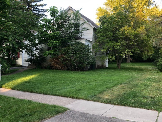 Additional photo for property listing at Attention Developers! 163 Washington Road, Lake Forest, Illinois 60045 Estados Unidos