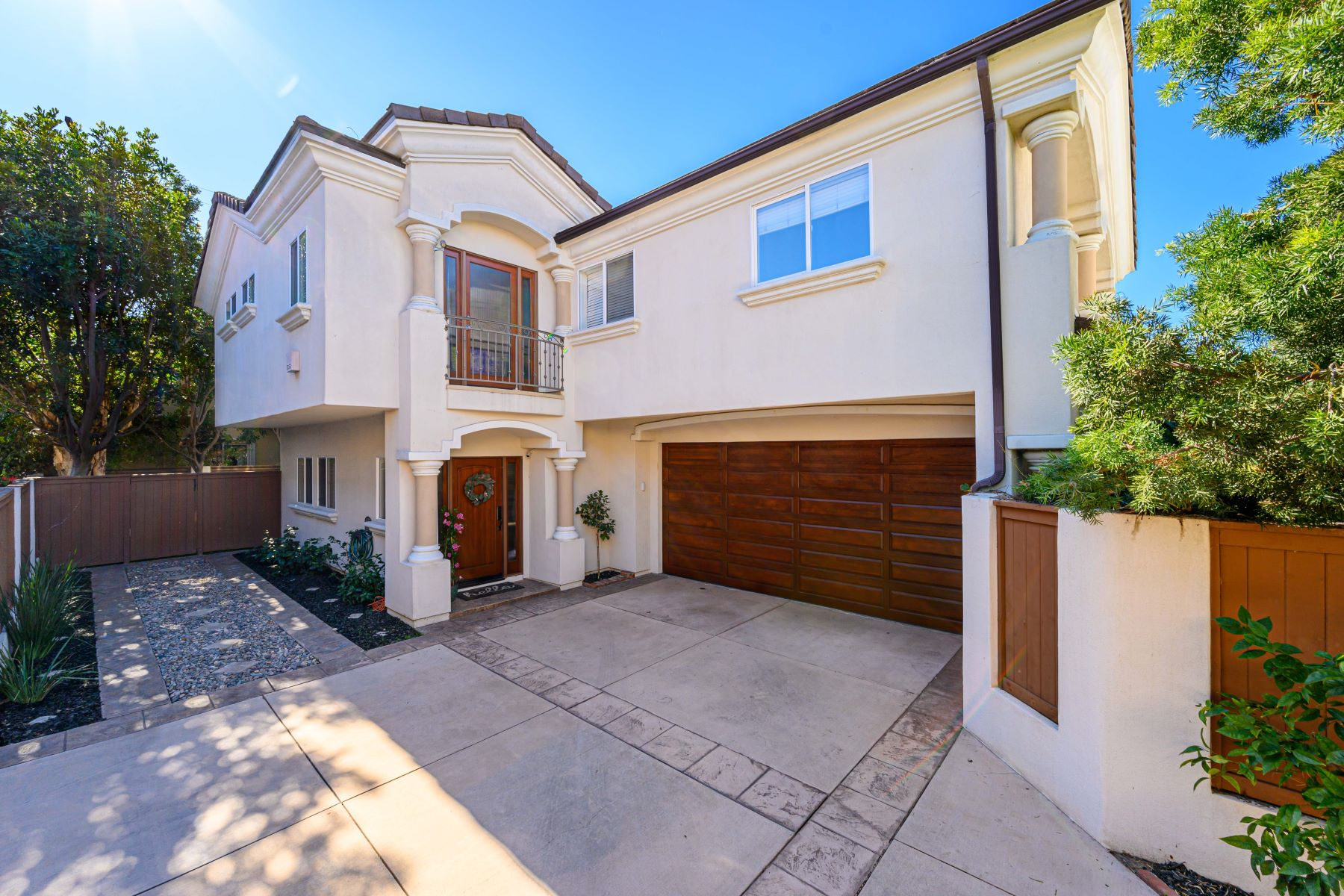 townhouses for Sale at 2402 Graham Avenue #B, Redondo Beach, CA 90278 2402 Graham Avenue #B Redondo Beach, California 90278 United States