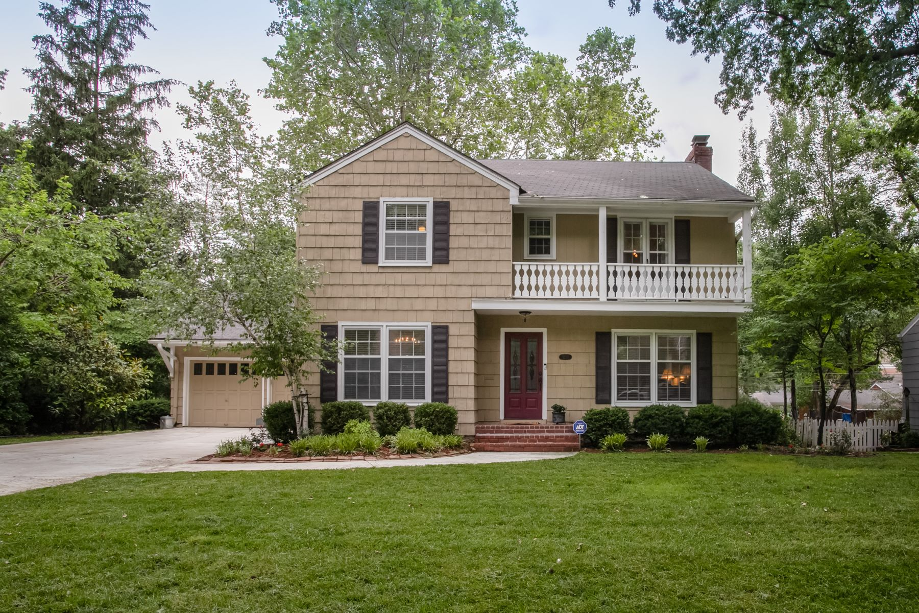 Single Family Homes for Sale at Classic Romanelli West two-story on picturesque Romany Road 1210 Romany Road Kansas City, Missouri 64113 United States