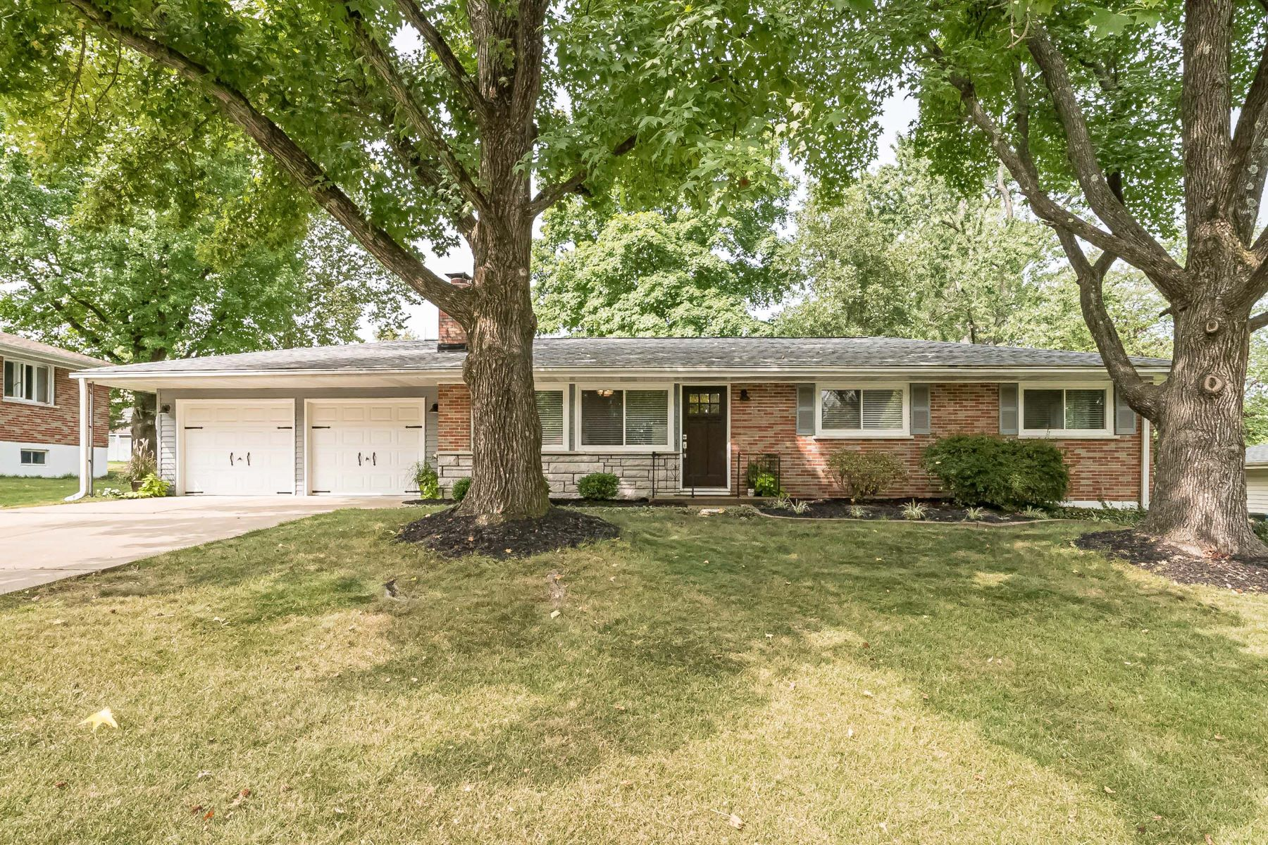 Single Family Homes for Sale at Fresh, Updated and Open Ballwin Ranch! 123 Vlasis Drive Ballwin, Missouri 63011 United States