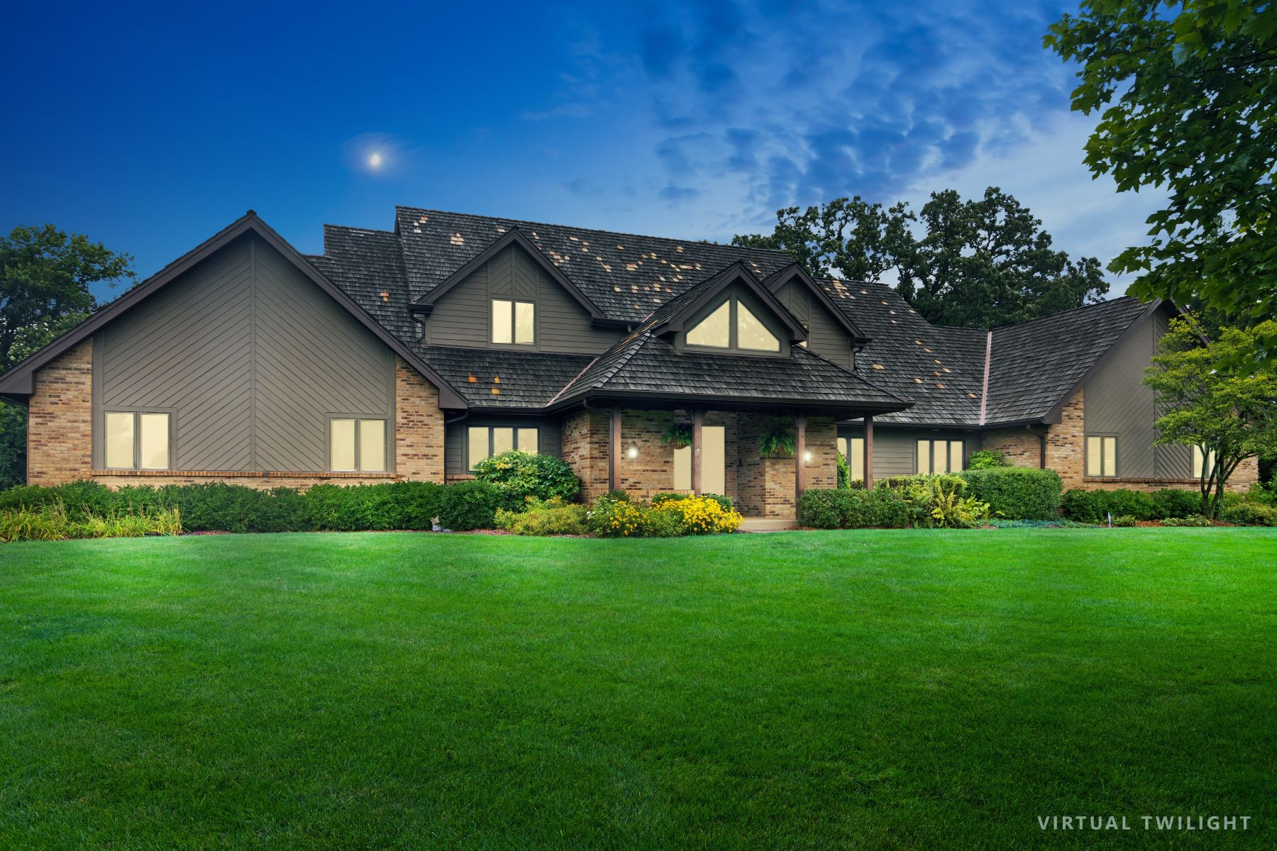Single Family Homes للـ Sale في Five Private Acres 21710 N Hickory Lane, Barrington Hills, Illinois 60010 United States