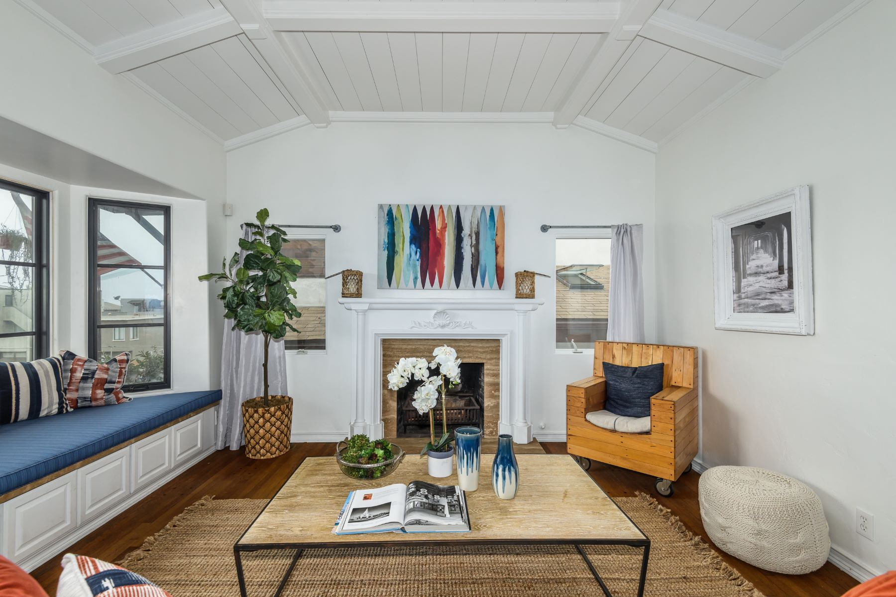 Single Family Homes for Sale at 231 27th Street, Hermosa Beach, CA 90254 231 27th Street Hermosa Beach, California 90254 United States