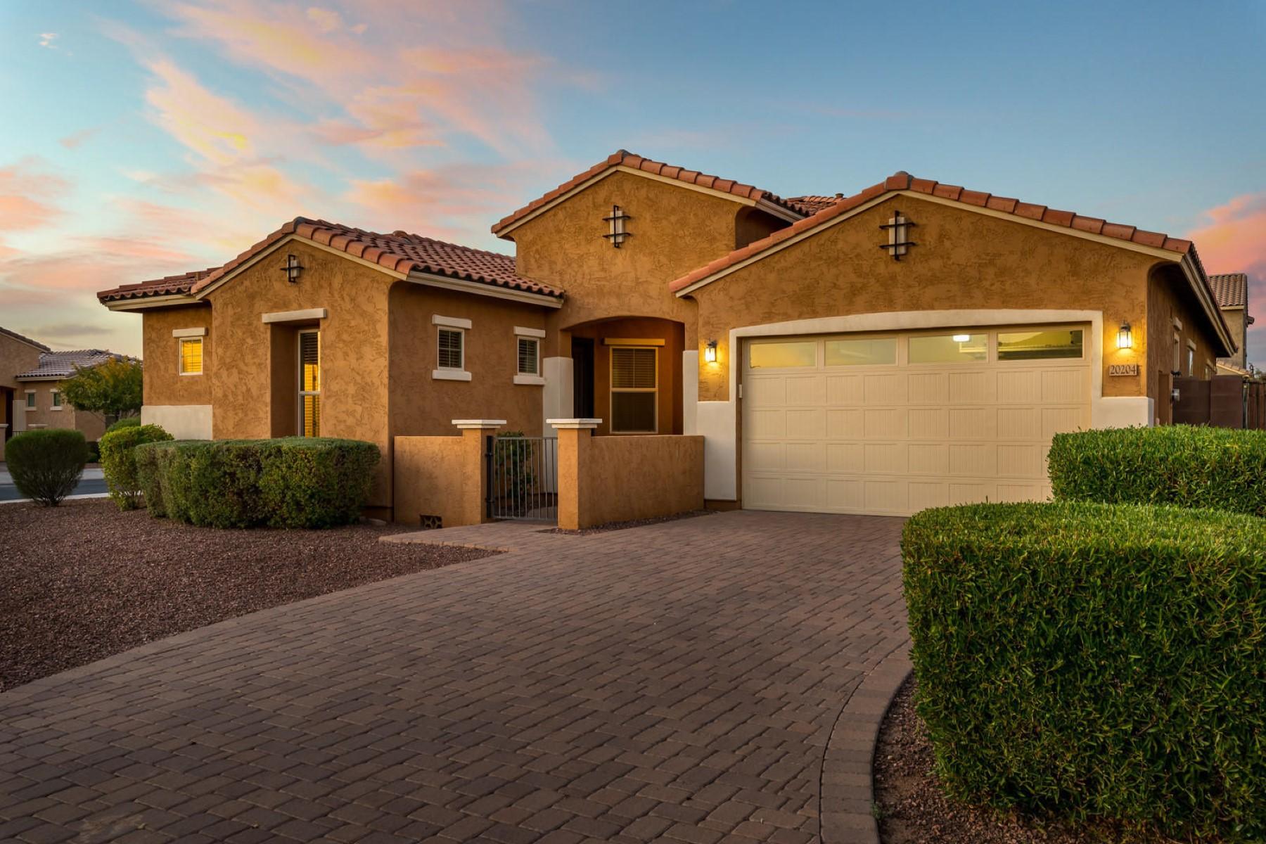 Single Family Homes por un Venta en Victoria 20204 East Maya Road Queen Creek, Arizona 85142 Estados Unidos