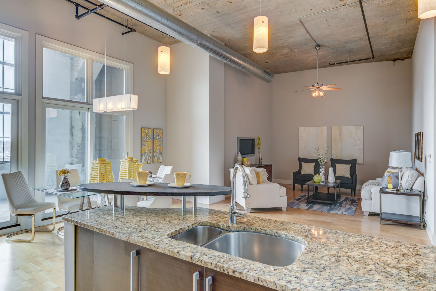 Additional photo for property listing at West End Lofts #519 4100 Forest Park Avenue #519 St. Louis, Missouri 63108 United States