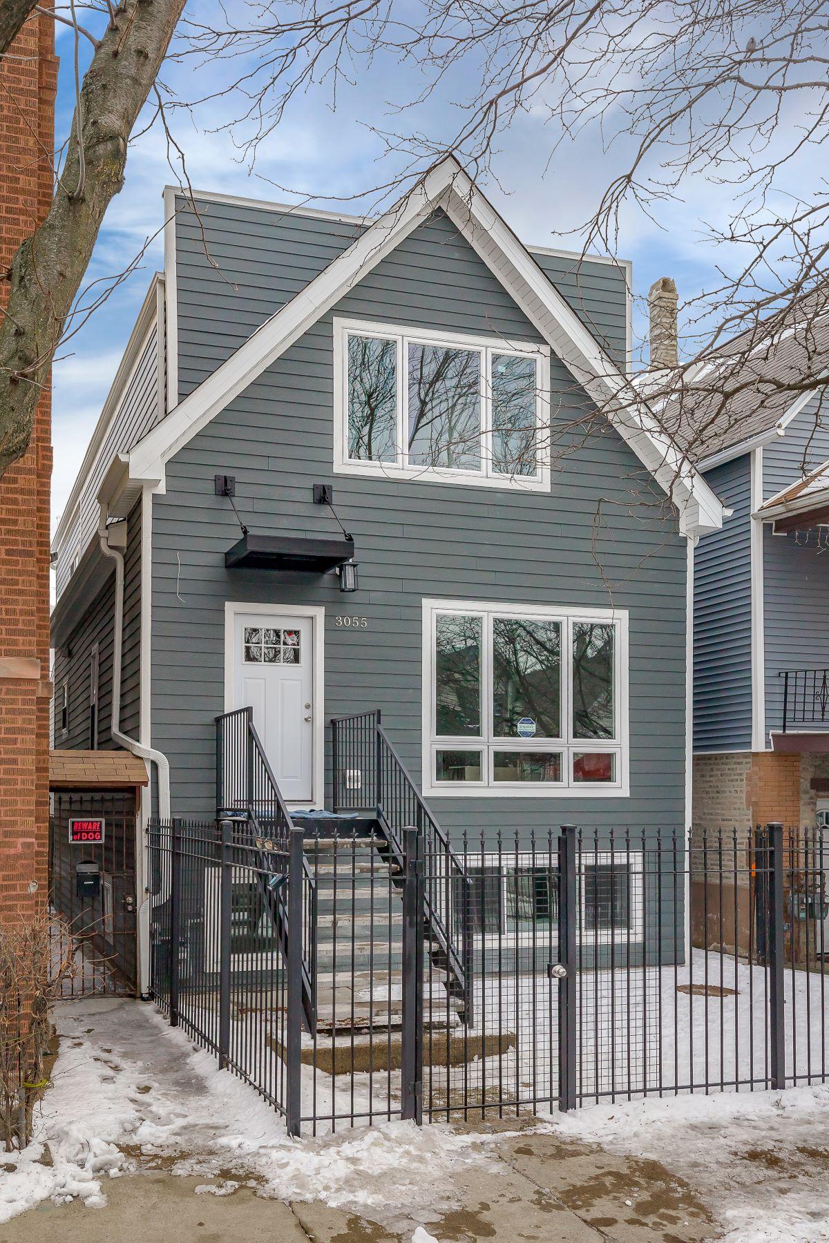 Fully Renovated Logan Square Home 3055 N Central Park Avenue Chicago, Illinois 60618 Estados Unidos