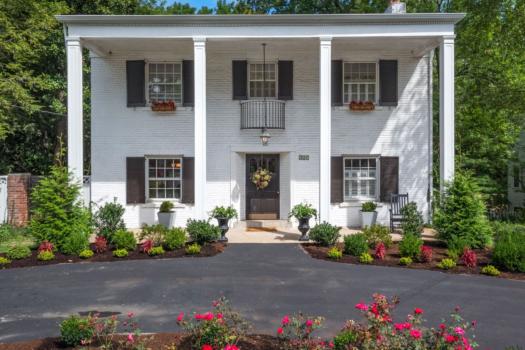 Single Family Homes for Sale at Quintessential Kirkwood Home 227 Orrick Lane Kirkwood, Missouri 63122 United States