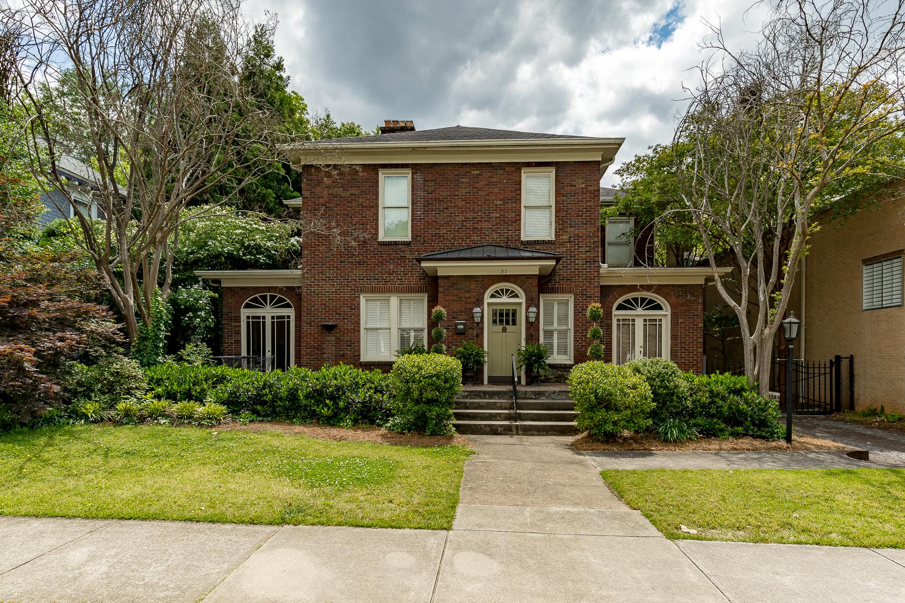 Single Family Homes for Sale at Fully renovated home in historic Hampton Pinckney! 31 Pinckney Street Greenville, South Carolina 29601 United States
