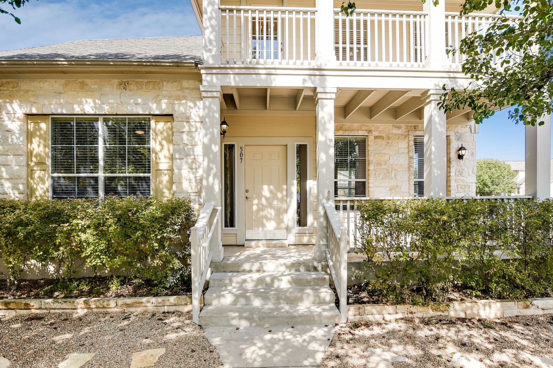 Single Family Homes por un Venta en 507 Bull Creek Parkway, Cedar Park, TX 78613 Cedar Park, Texas 78613 Estados Unidos