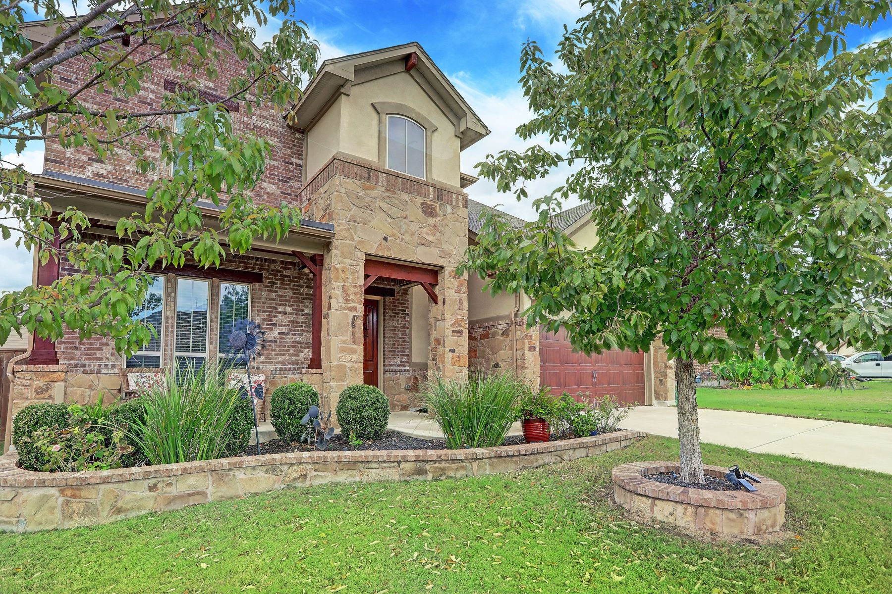 Single Family Homes for Sale at 2808 San Milan Pass, Round Rock, TX 78665 2808 San Milan Pass Round Rock, Texas 78665 United States