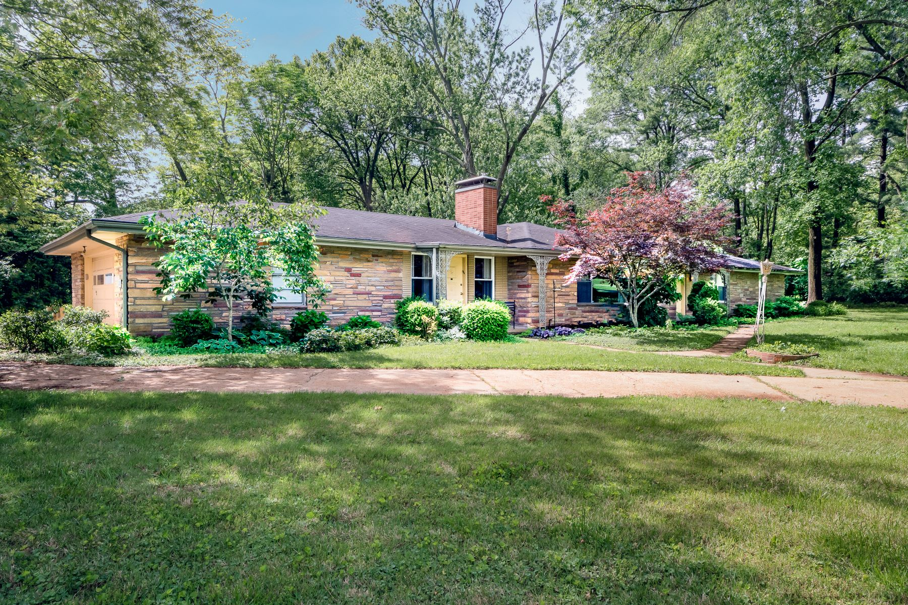 Property for Sale at Renovate or Build Your Future Dream Home 12 Westfield Lane St. Louis, Missouri 63131 United States