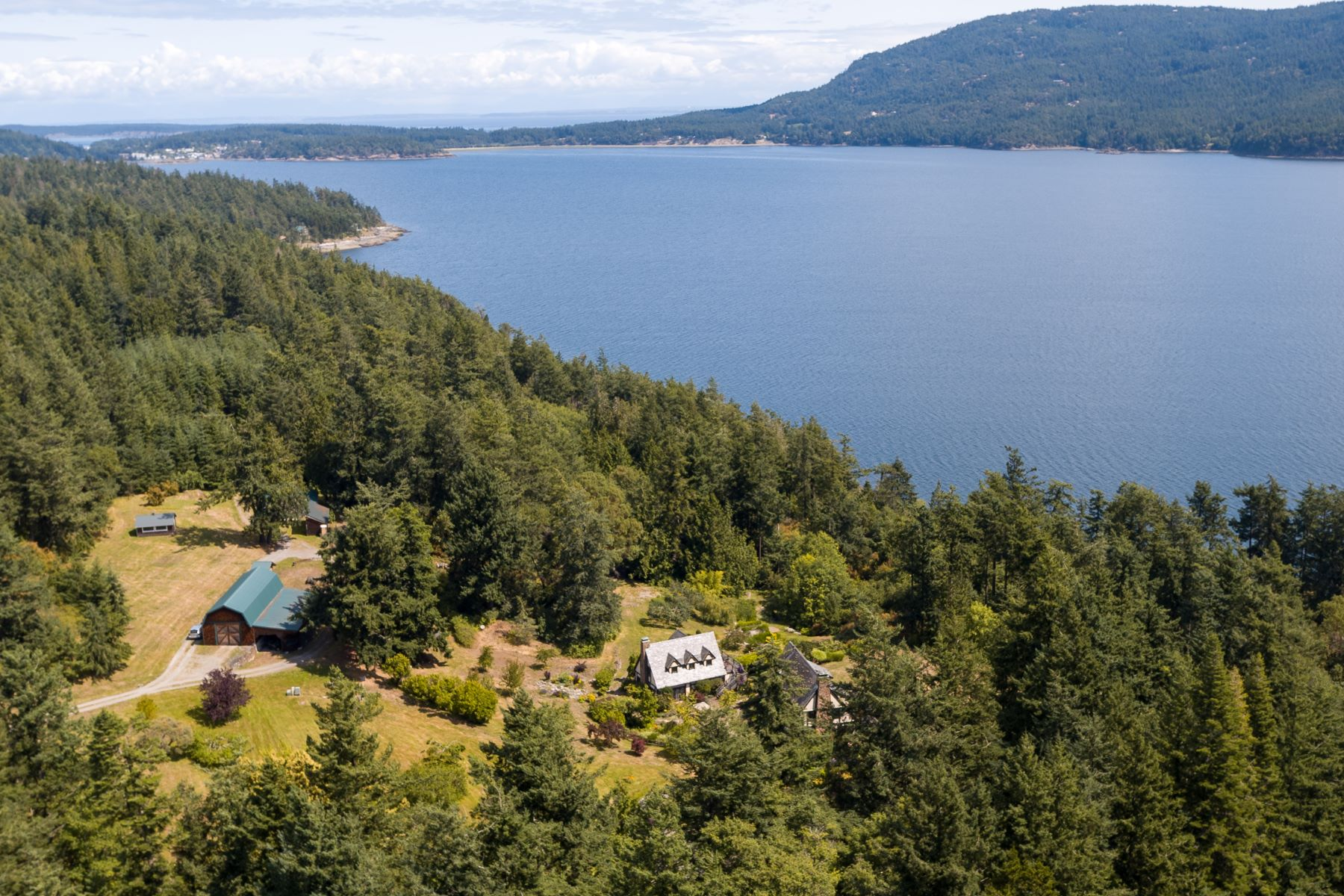 Single Family Homes vì Bán tại 987 Hawkins Rd, Orcas Island, WA 98245 Eastsound, Washington 98245 Hoa Kỳ