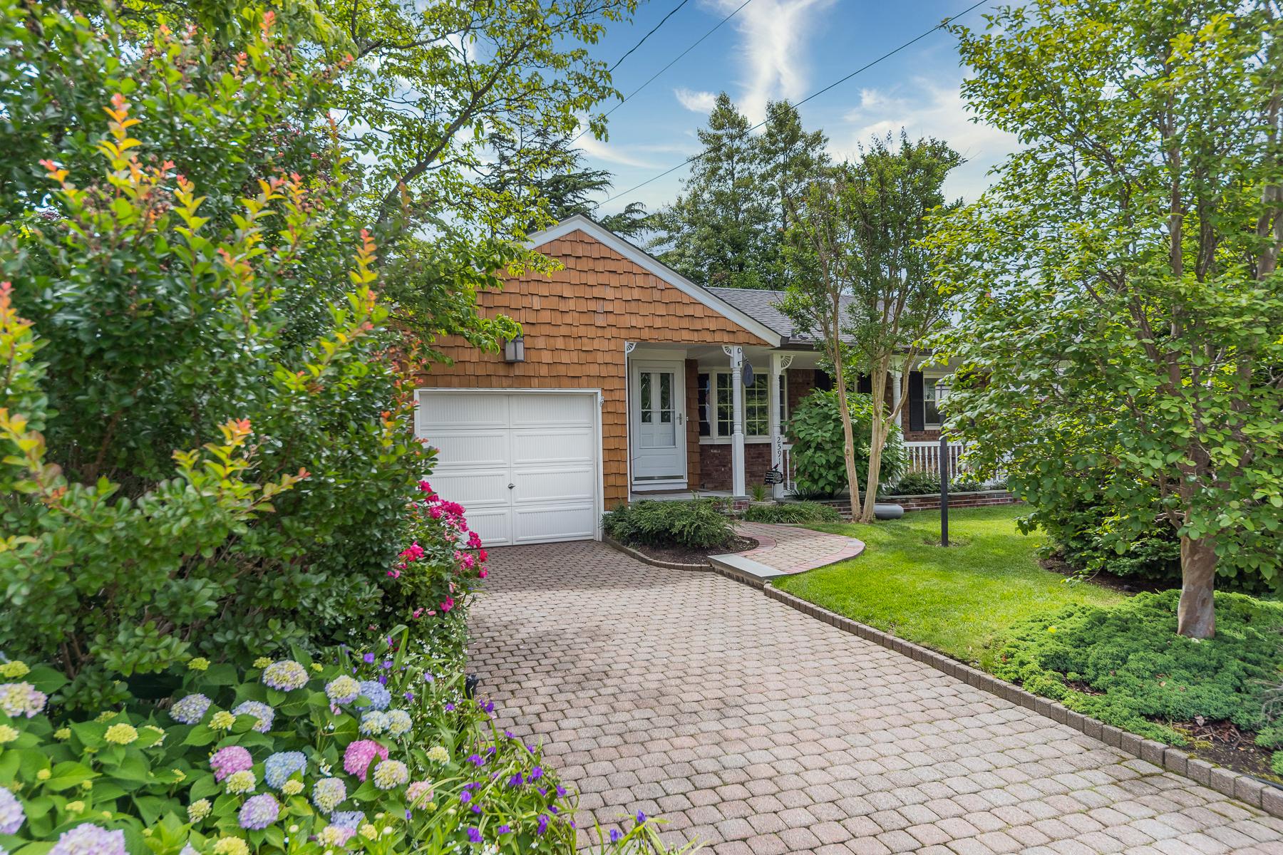 Single Family Homes 為 出售 在 2591 Clovermere Rd, Oceanside, Ny, 11572 Oceanside, 纽约 11572 美國