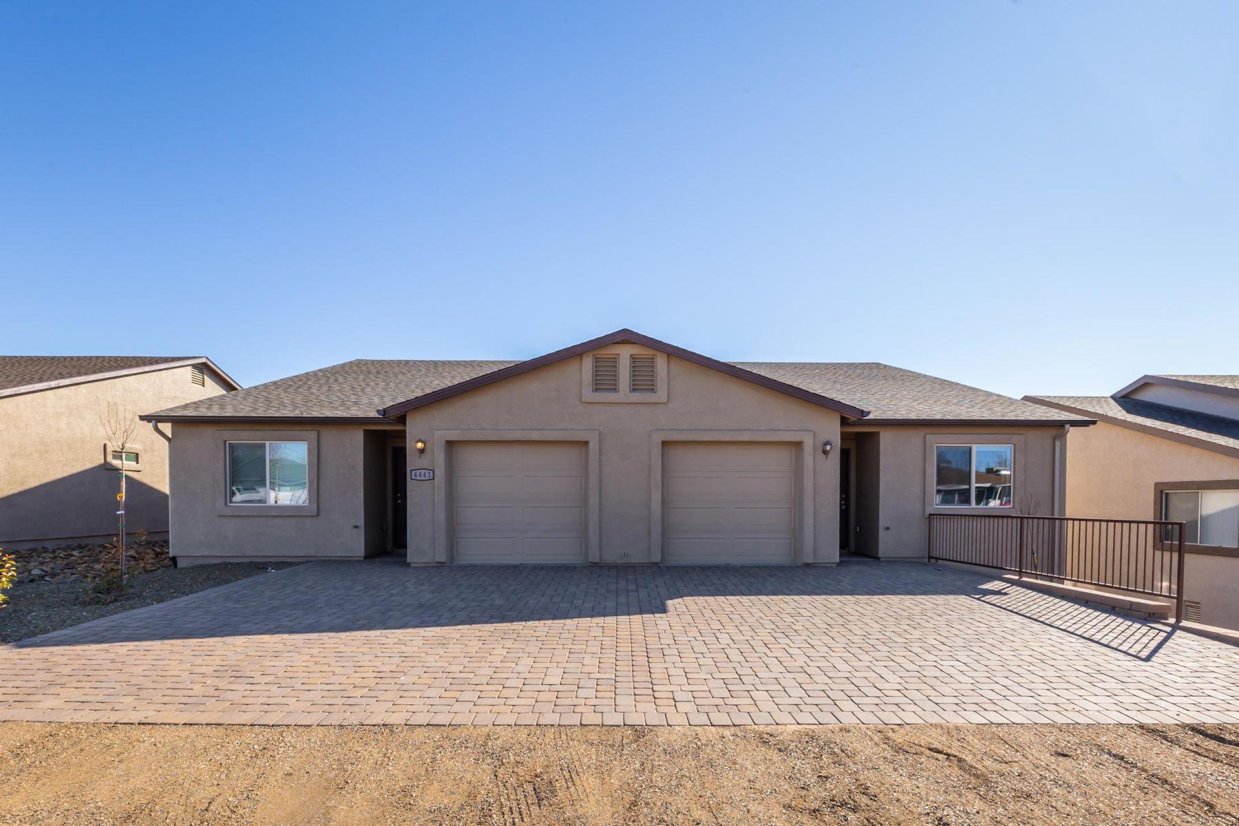 Multi-Family Homes 为 销售 在 Prescott Valley 9201 Spouse Drive 普雷斯科特谷, 亚利桑那州 86314 美国