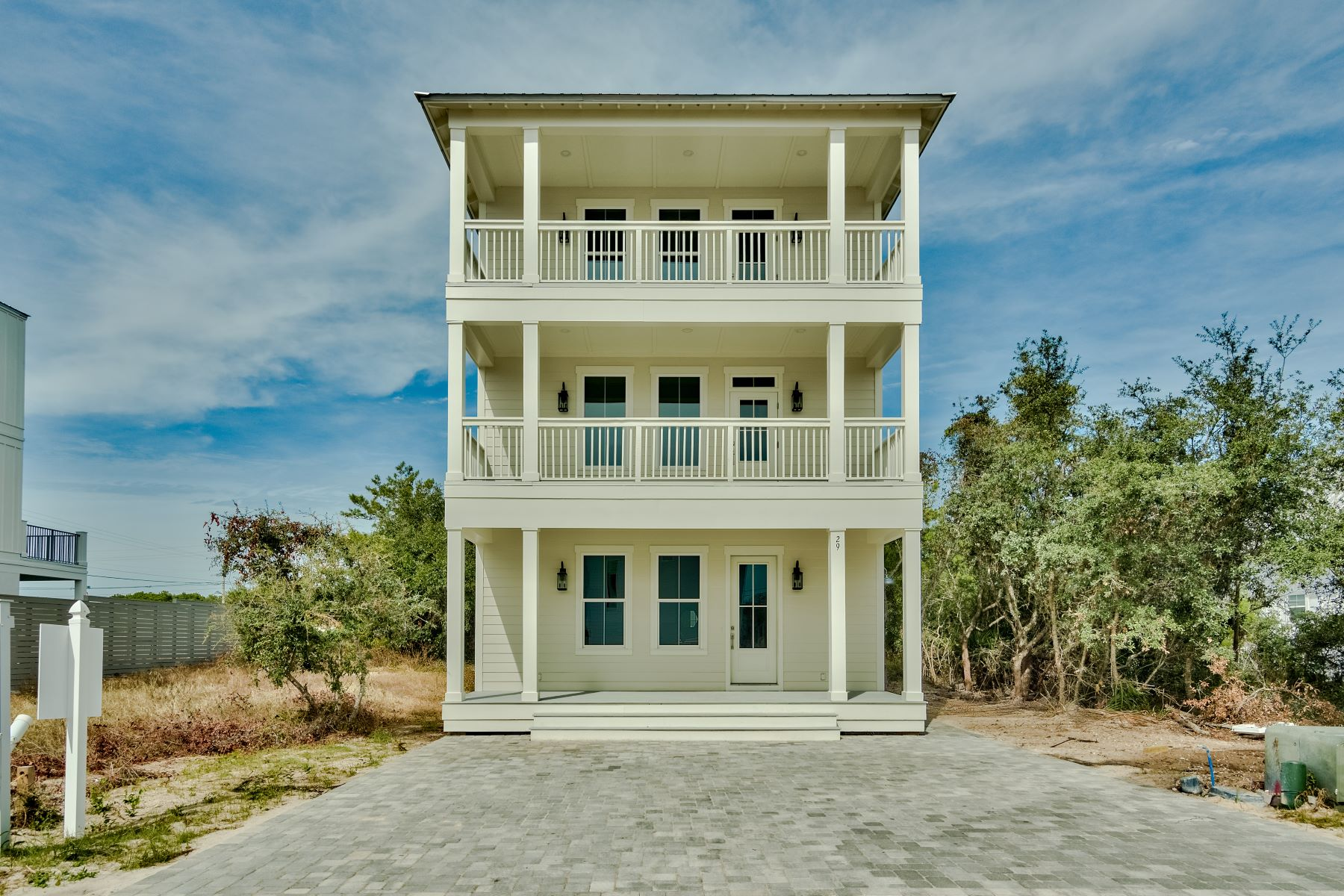 Single Family Homes for Sale at Newly Built Charming Three-Story Beach House in Inlet Beach 29 Tidewater Court Inlet Beach, Florida 32461 United States