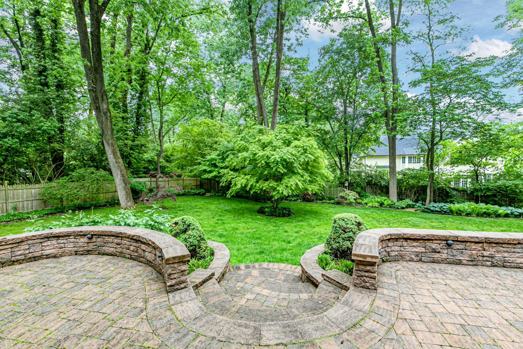 Additional photo for property listing at As Peaceful as it is Pristine 115 Lafayette Road, Princeton, Νιου Τζερσεϋ 08540 Ηνωμένες Πολιτείες