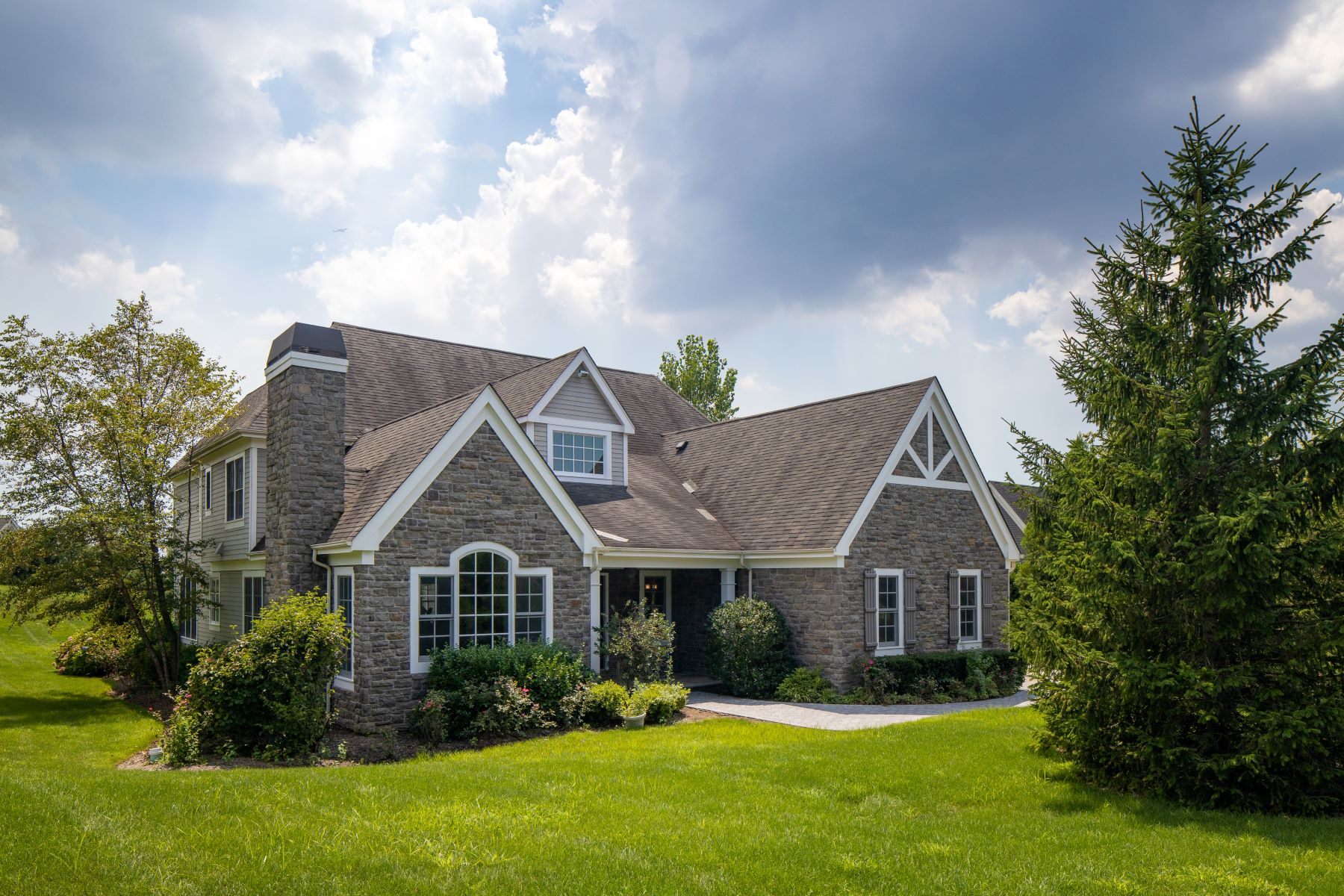 Single Family Homes 為 出售 在 55 Westgate Road, Muttontown, NY 11791 55, Westgate Rd, Muttontown, 纽约 11791 美國