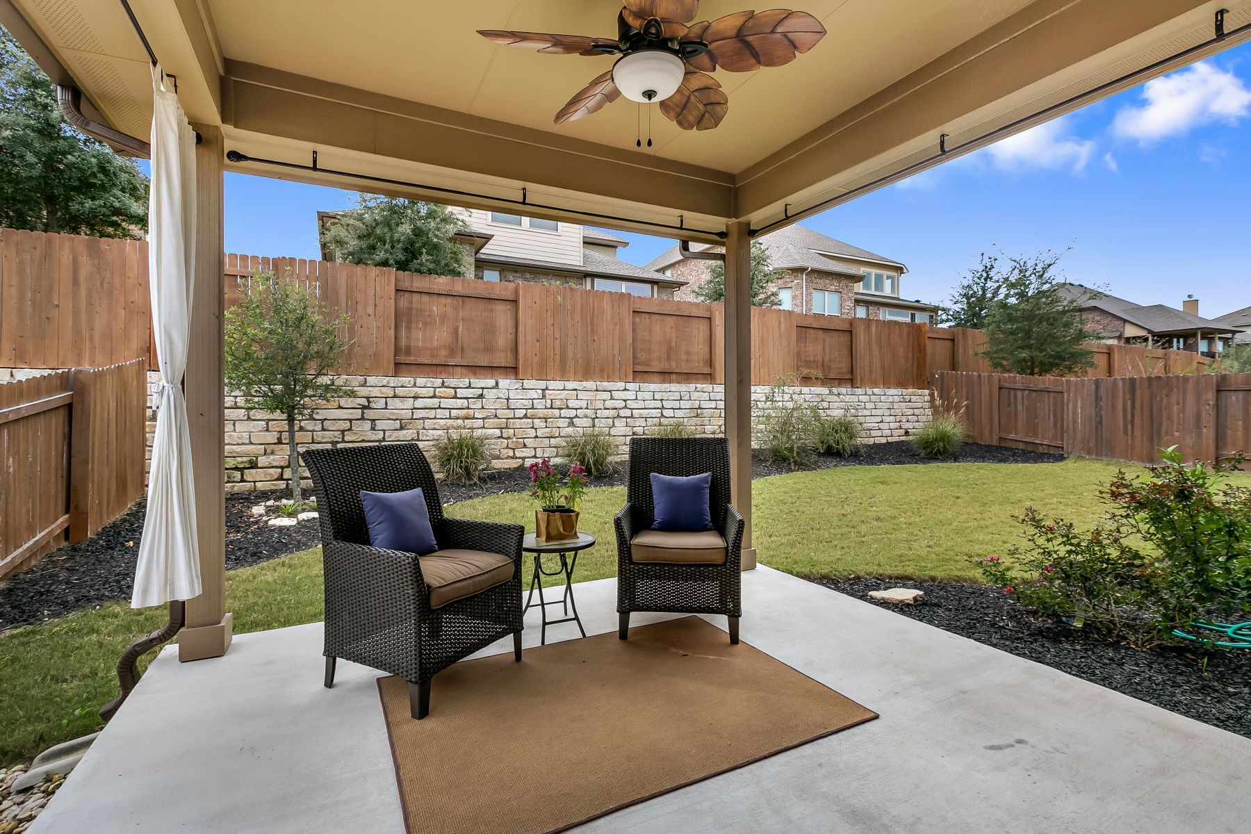 Additional photo for property listing at Upgraded Single Story in Sweetwater 18421 Deep Well Drive Austin, Texas 78738 United States