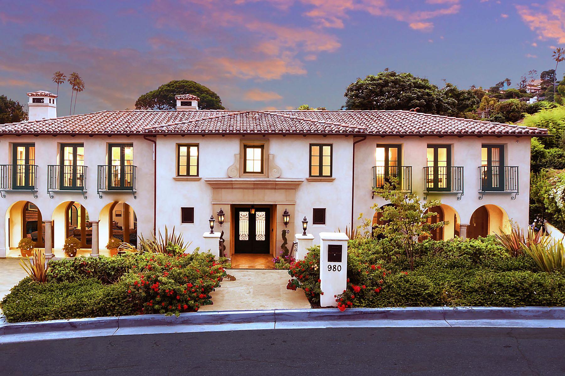 Single Family Homes for Sale at 980 Via Rincon, Palos Verdes Estates, CA 90274 980 Via Rincon Palos Verdes Estates, California 90274 United States