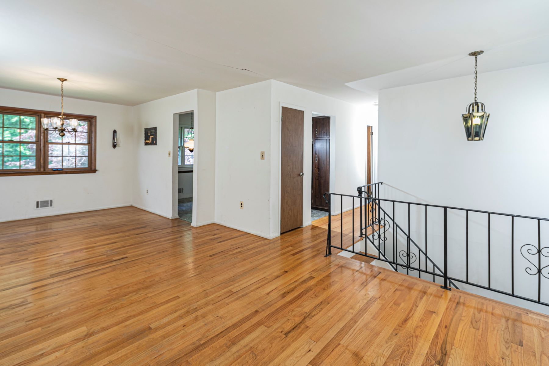 Additional photo for property listing at Ready for Your Magic Touches! 8 Scott Drive, Hillsborough, New Jersey 08844 United States
