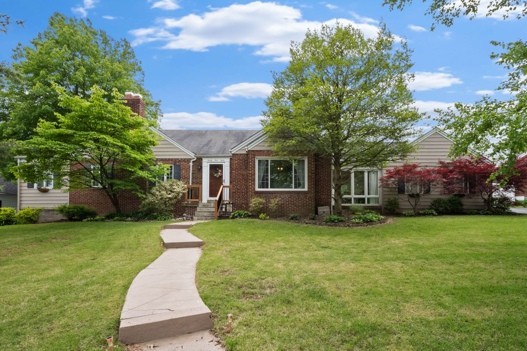 Single Family Homes for Active at Meticulously Maintained Brick Ranch 9912 Berwick Drive Affton, Missouri 63123 United States