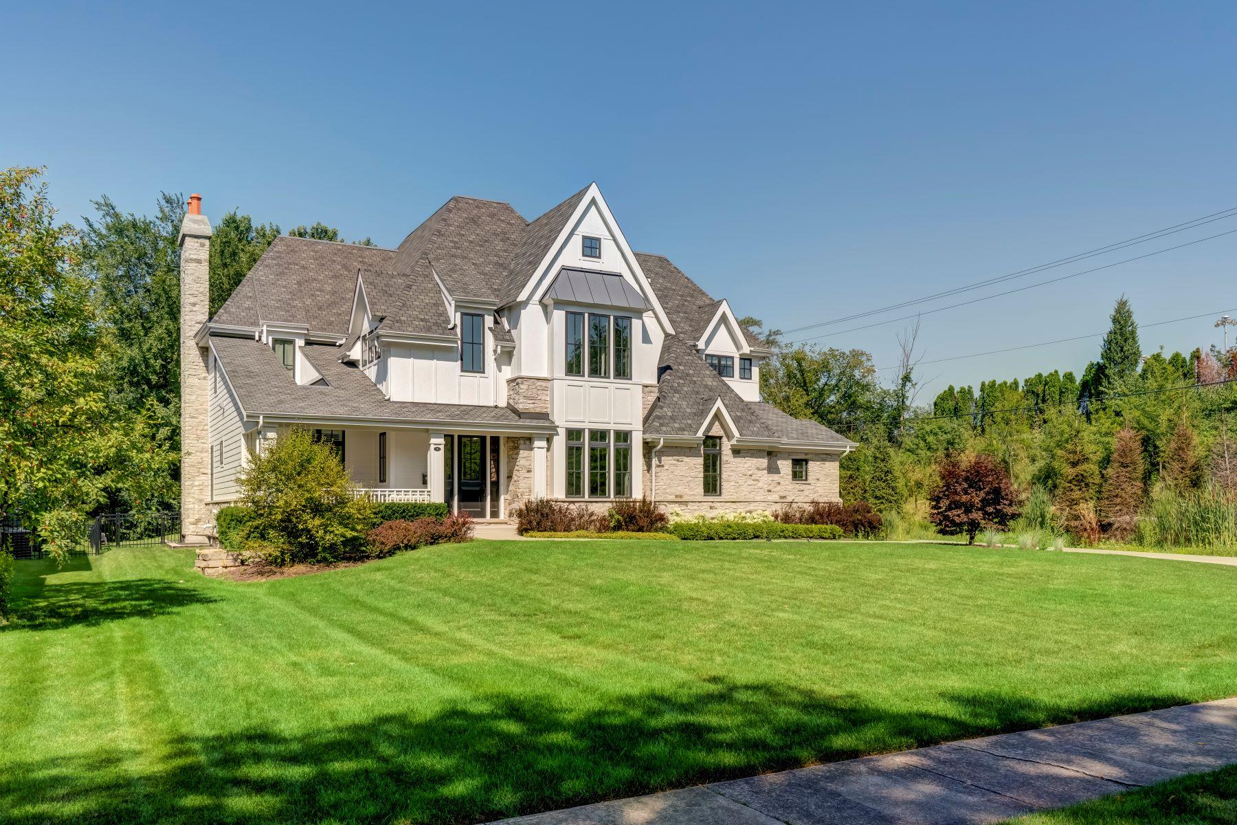 Single Family Homes για την Πώληση στο Gorgeous Modern Coastal Custom Home 8 Springlake Avenue, Hinsdale, Ιλινοϊσ 60521 Ηνωμένες Πολιτείες