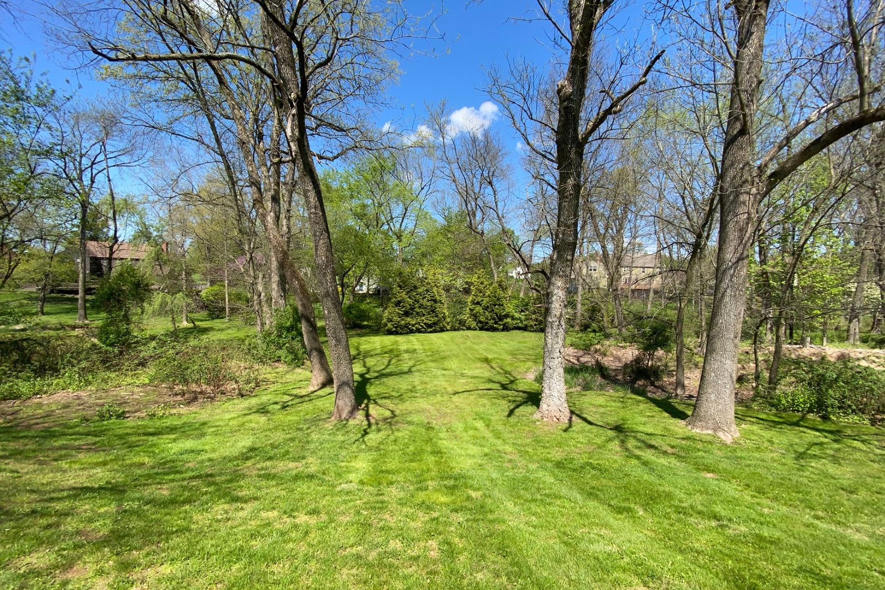 Additional photo for property listing at Peaceful Location With Great Upgrades 183 Wilshire Drive, Belle Mead, New Jersey 08502 United States